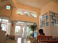 写真:安宿リトルアジアの外観