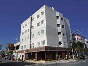 写真:石垣島ホテルククルの外観