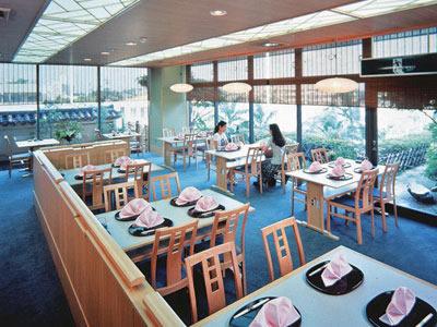 レストラン「富士」