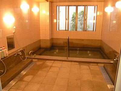 大きい浴場