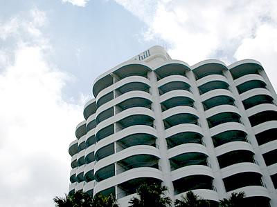 写真:ホテルサンセットヒルの外観