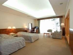 【和洋室】 ツインルーム+和室